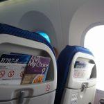 飛行機の座席 ~ 前の方と後ろの方の席のメリットとデメリットを比べてみた!